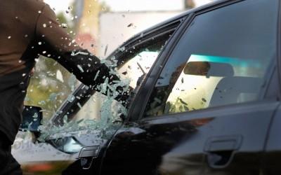 En DHITELfon, protejemos tu vehiculo con Alarma Cobra para Can Bus autoalimentada