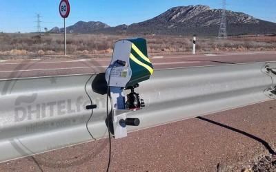 Los soportes de los nuevos radares indetectables de la DGT podrían ser ilegales: no hay ensayos de impacto