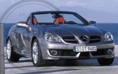 En DHITELfon, Sistema de Navegación / Radio Gps Mercedes SLK W171.